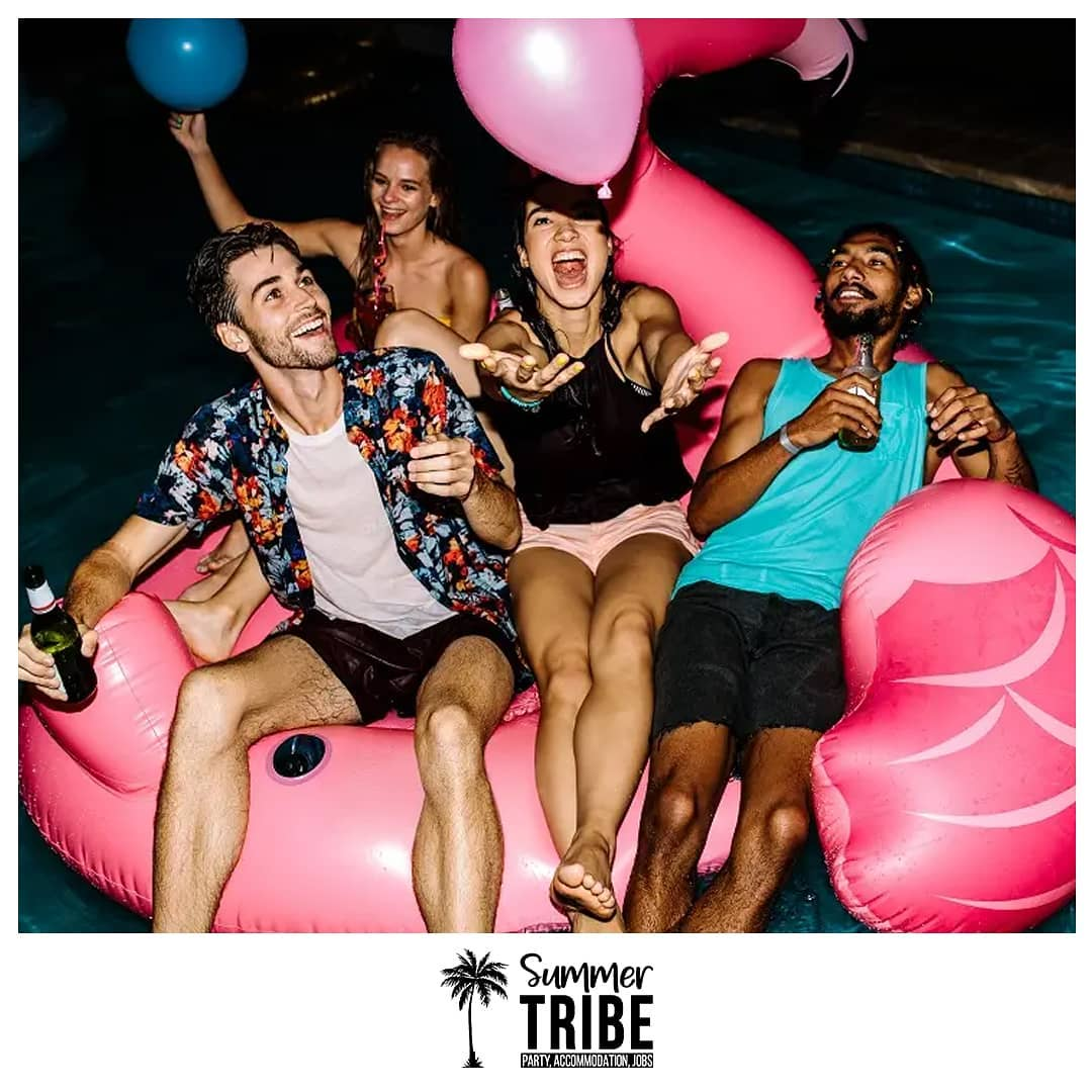 Pool inflatable party